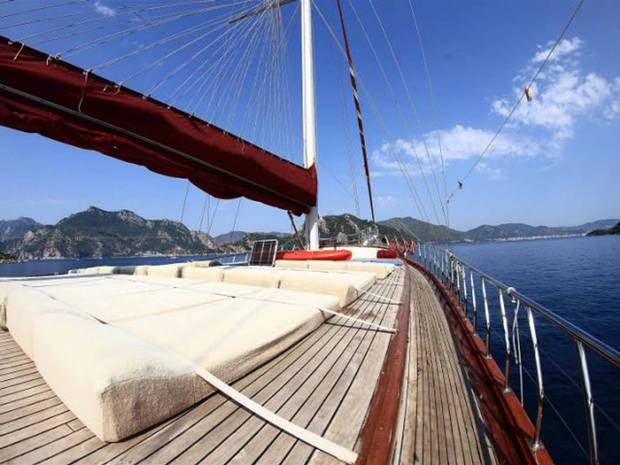 Five ways to take a sailing holiday