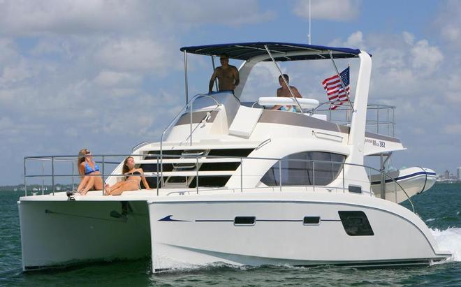 Multihull Central launches Aquila range at SIBS