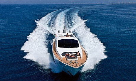 Party boats and yacht charter in Dubai