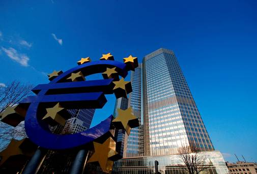 Comex Gold Softens With Euro As Markets Anticipate Further ECB Measures