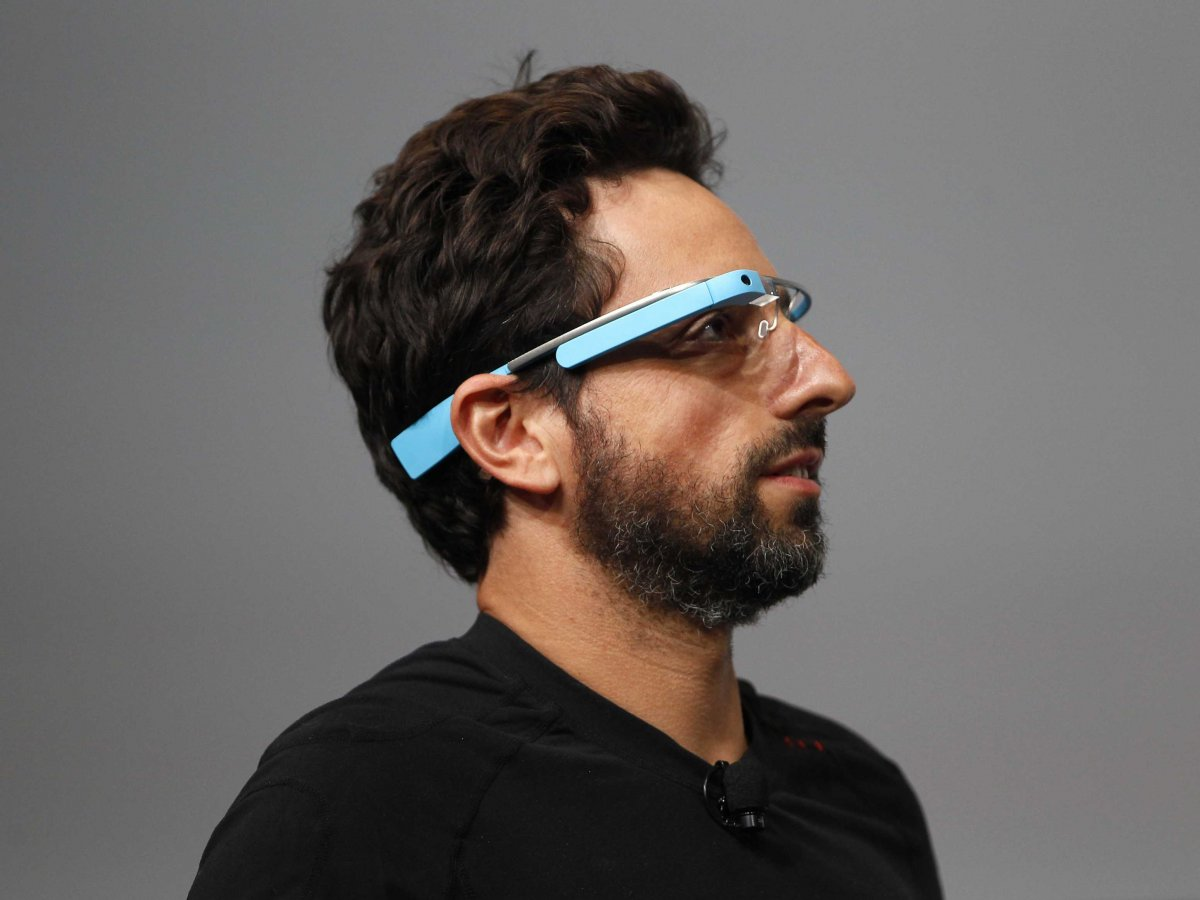 HP Exec Warns Men: Google Glass Will Hurt Your Love Life