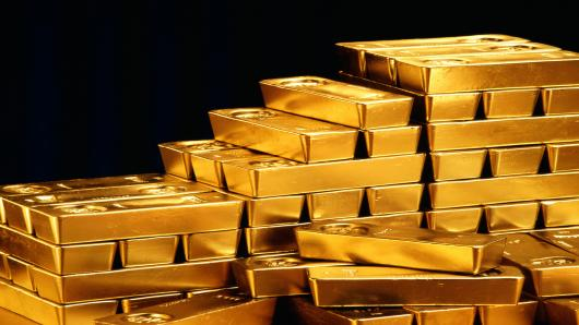 PRECIOUS-Gold edges up but set for weekly loss on dollar, data
